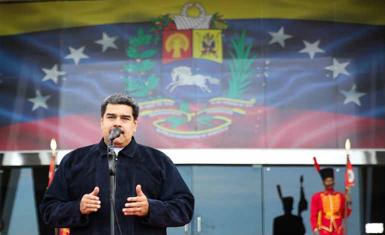 """""""Diplomáticos de Colombia deben salir en 24 horas"""": Maduro"""