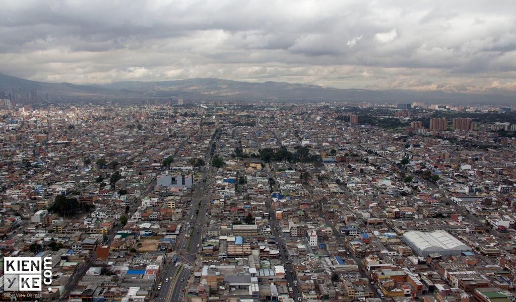 Cierres viales en Bogotá debido a Carrera por la Policía
