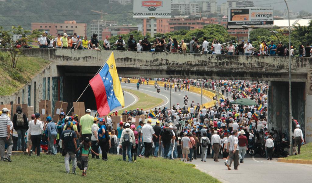 Procuraduría pide corredor humanitario para venezolanos