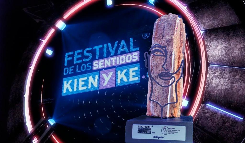 Estatuilla premio de Periodismo Digital