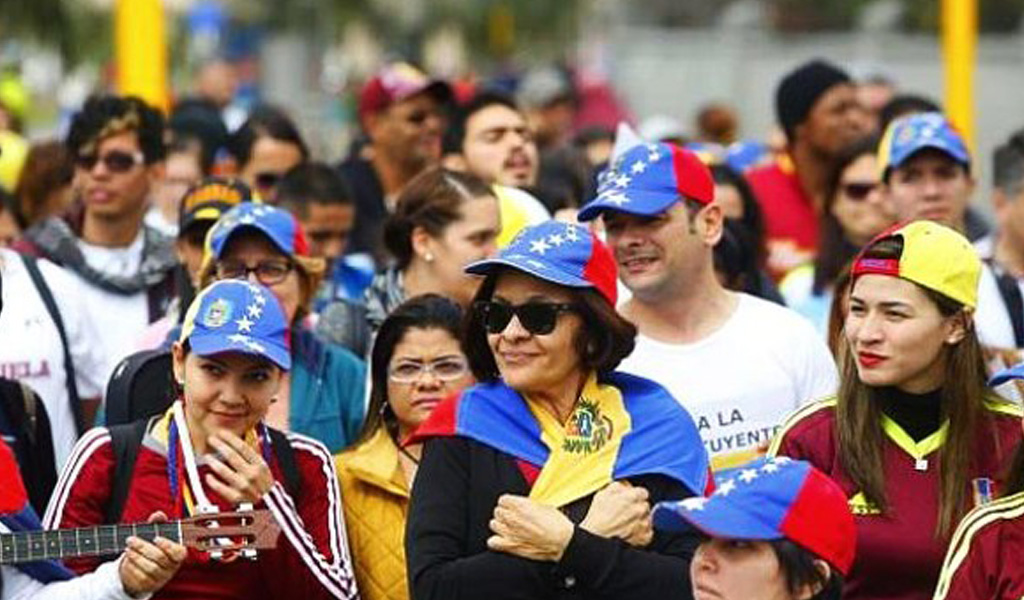 Ecuador suscribe un plan para proteger niños venezolanos