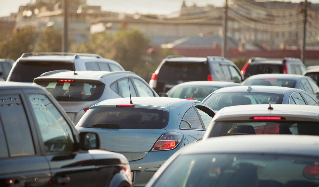 En Cúcuta entregan tarjetas de registro a vehículos venezolanos