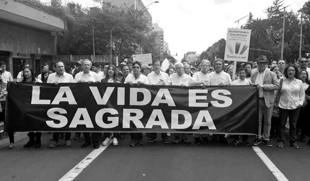 Bancada alternativa presente en Marcha por Nuestros Héroes