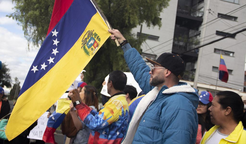 China se ofrece para contribuir al diálogo en Venezuela