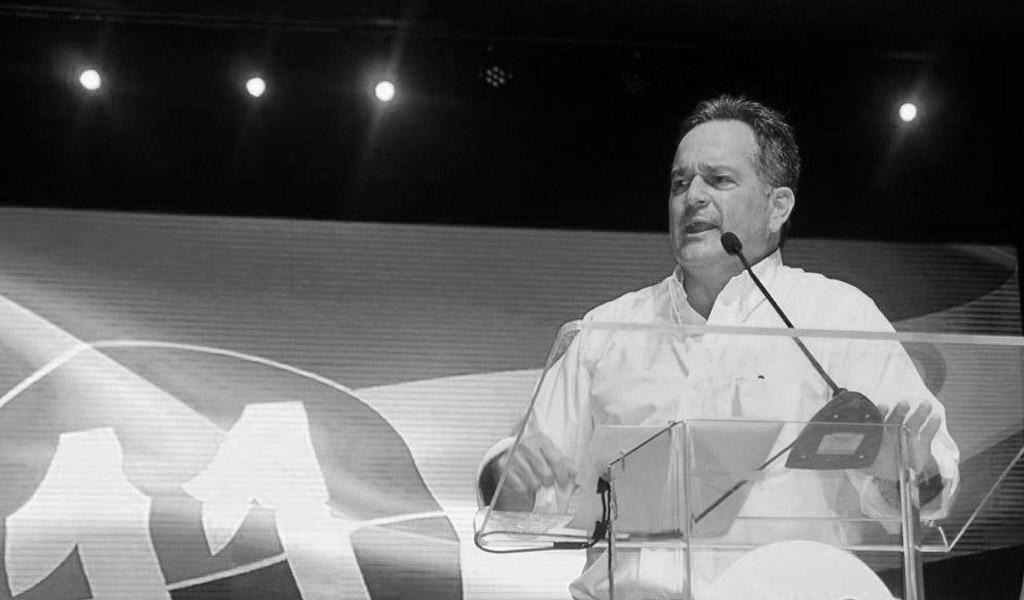 Juan C. Navarro propone cambios radicales para Panamá
