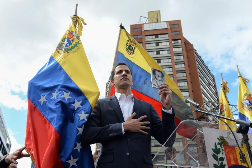 Trump reconoce a Juan Guaidó como presidente de Venezuela