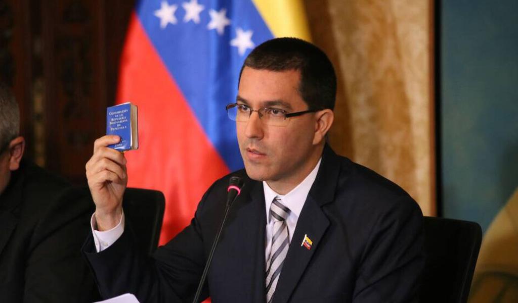 Venezuela acusa a Ecuador de persecución a sus ciudadanos