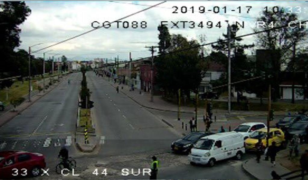 Cierres viales por explosión en Bogotá