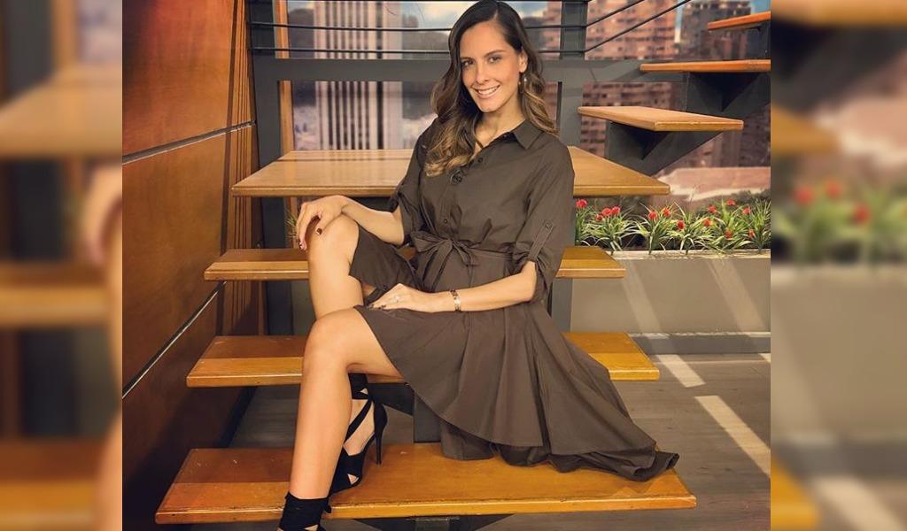 Laura Acuña se muestra con orgullo después del embarazo