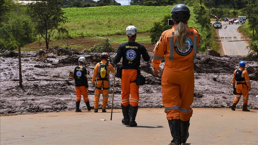 Aumentó número de muertos por ruptura de presa en Brasil