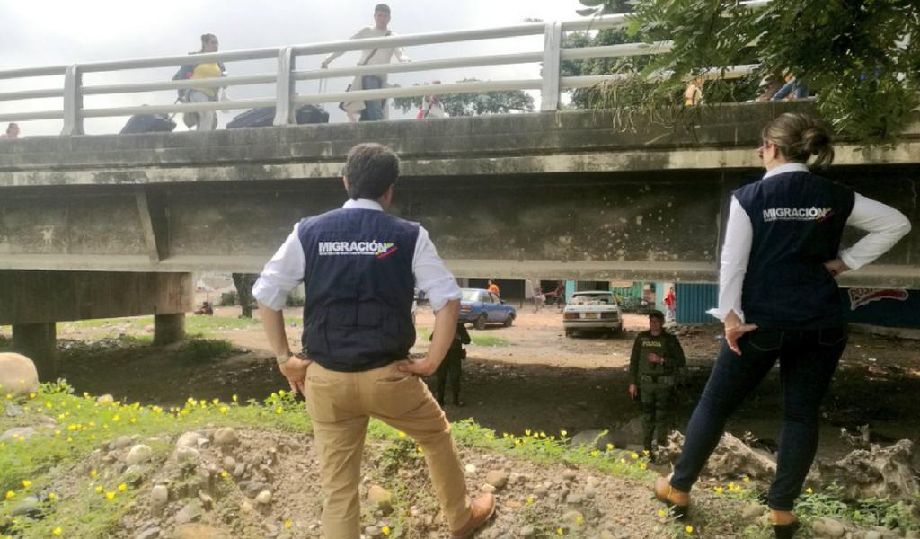 Colombia expulsa a presunta espía venezolana
