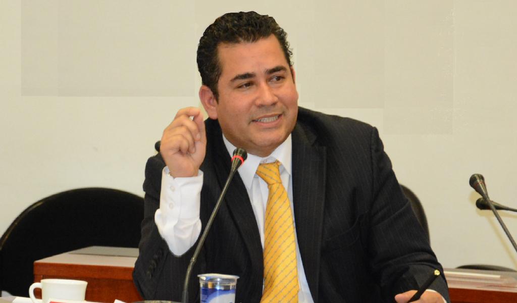 Presidente de la Cámara se opone a guerra en Venezuela