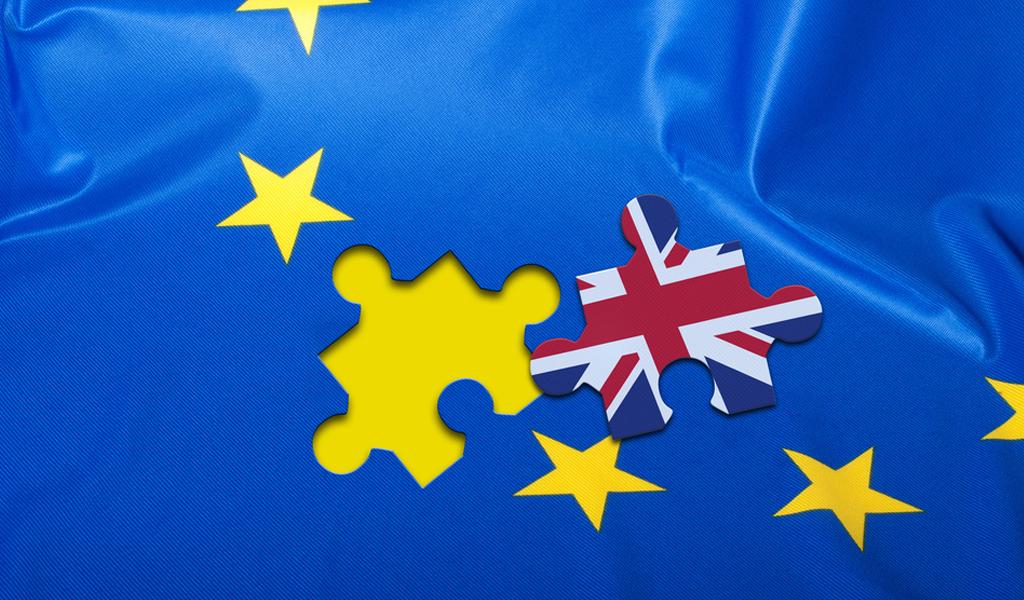 Unión Europea acuerda aplazar el Brexit