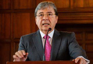 Carlos Holmes Trujillo sería Ministro de Defensa