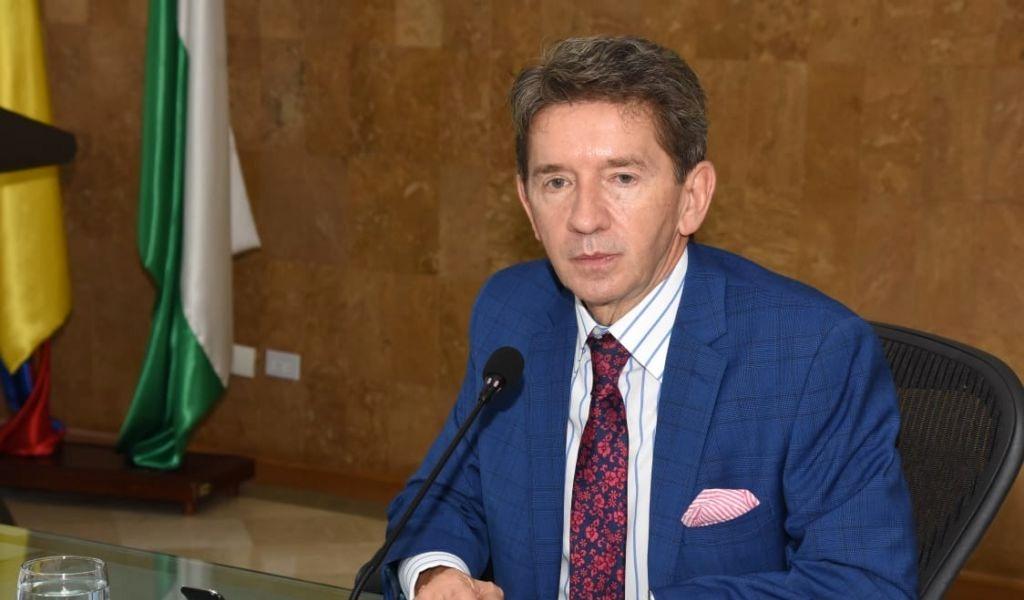 Luis Pérez no descarta embargo de cuentas de EPM