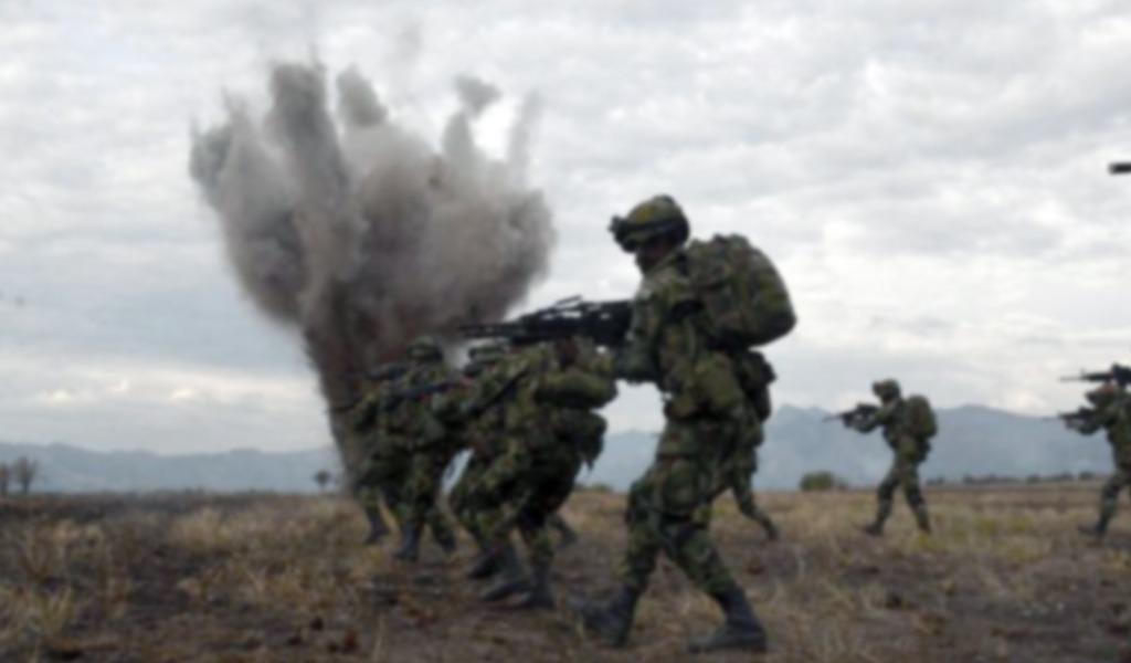 Militares heridos