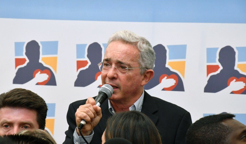 """Uribe: """"No se puede utilizar la paz para adoctrinar"""""""