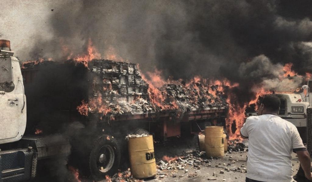 Un motolov habría causado la quema de ayuda humanitaria