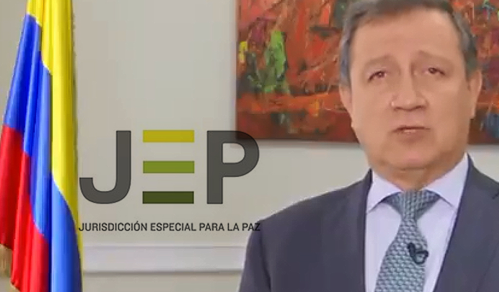 Ernesto Macías pidió ver contrataciones de la JEP