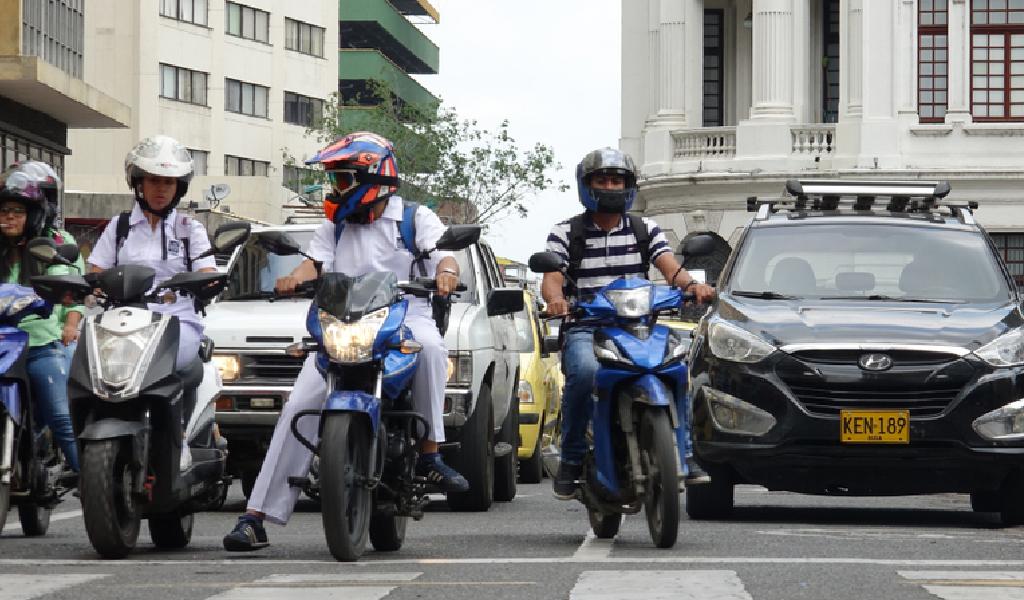 Las motos que no tienen sistema ABS en Colombia