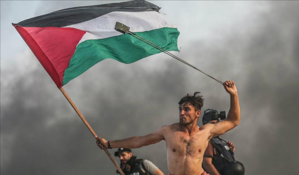 Un año de protestas para volver al territorio