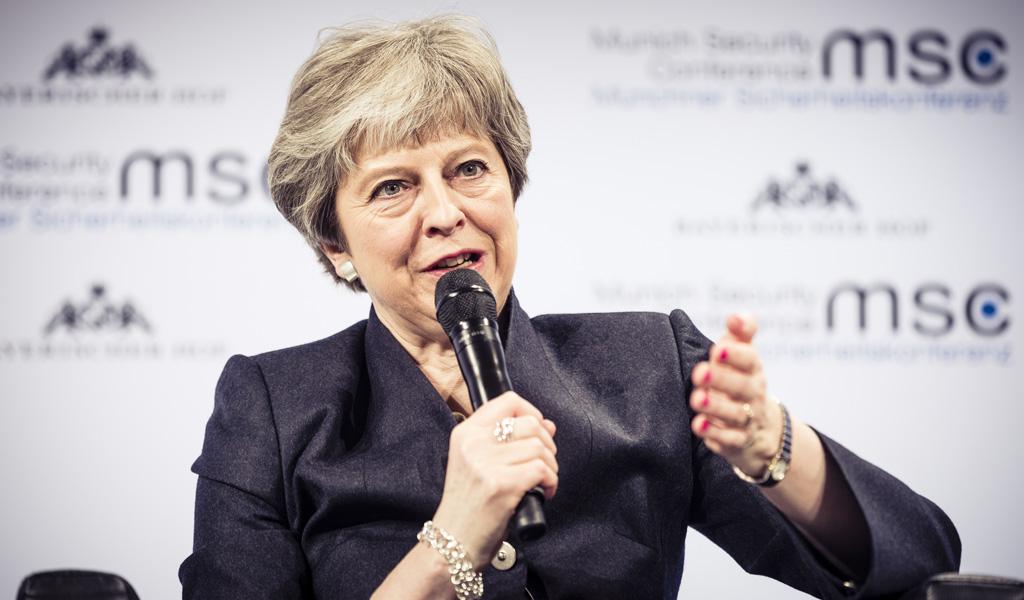 Theresa May puso su renuncia sobre la mesa