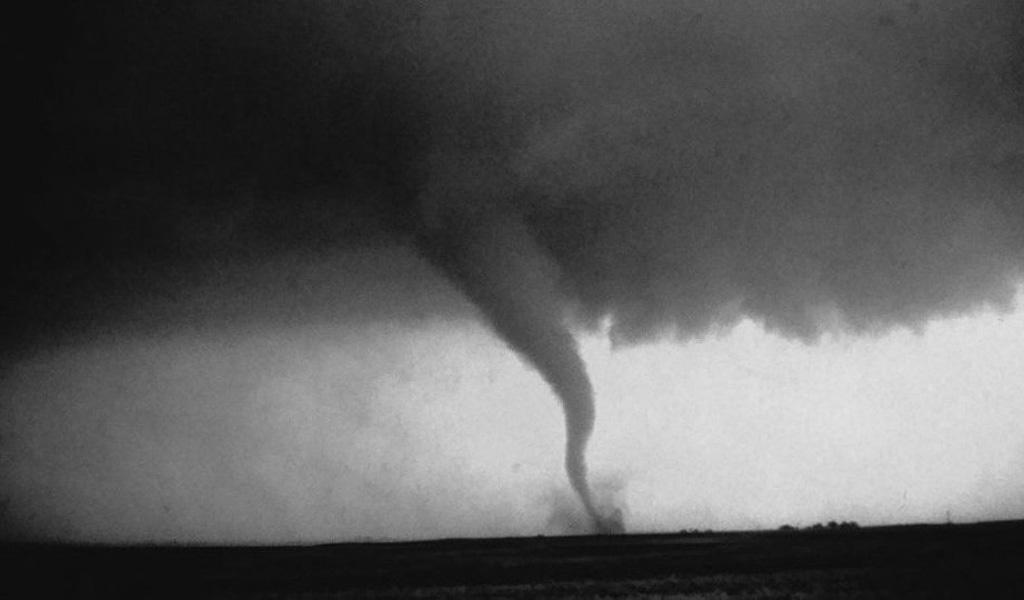 Asciende a 22 la cifra de muertos por tornados en Alabama