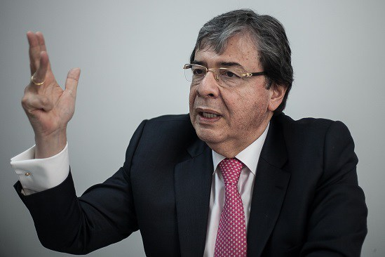 Canciller denuncia vínculos de Iván Márquez y Maduro