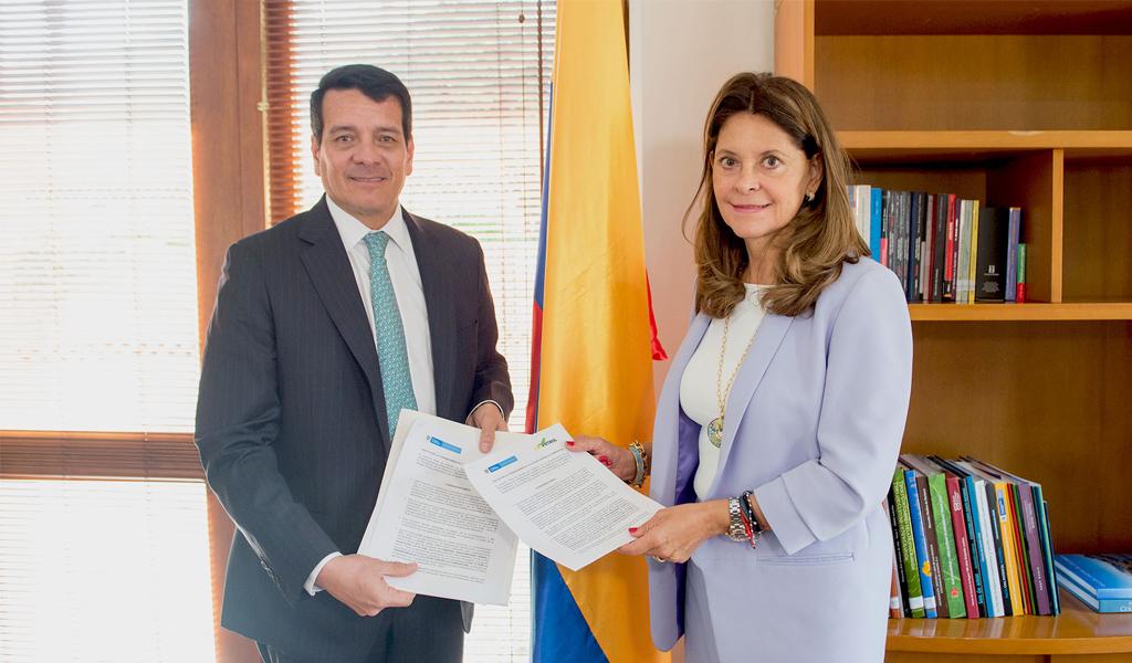 Gobierno y Ecopetrol firman Pacto por la Transparencia