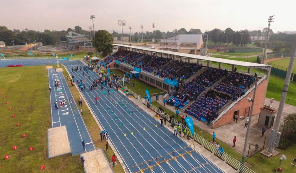 unidad-deportiva-salitre-pista-atletismo