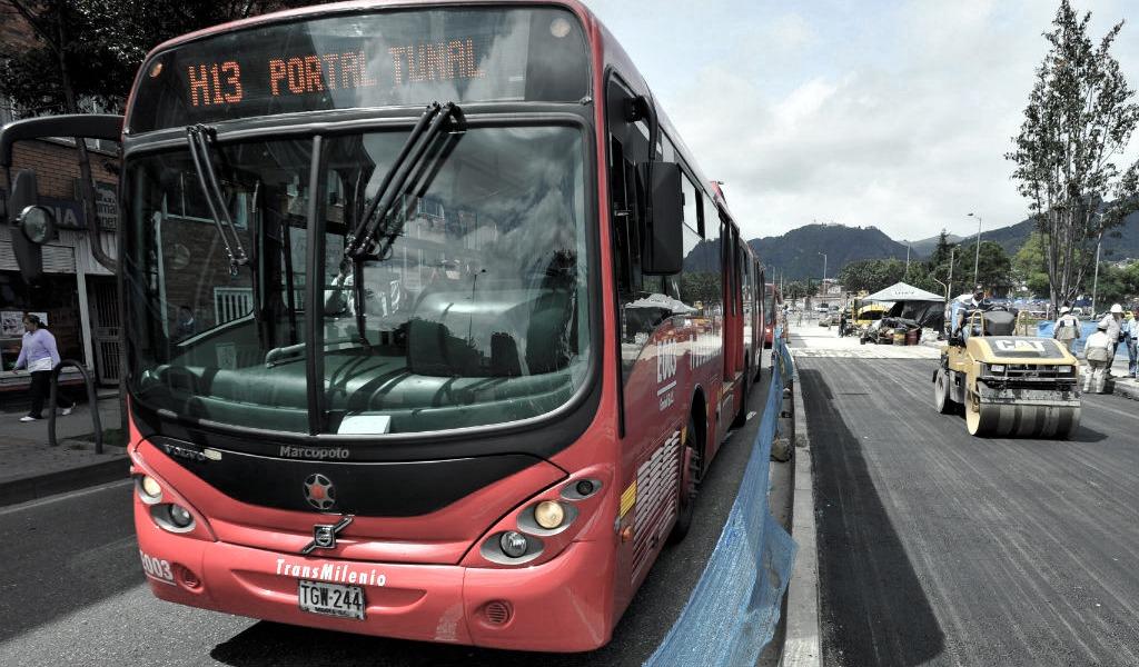 Una persona arrollada por bus de Transmilenio en Av Caracas