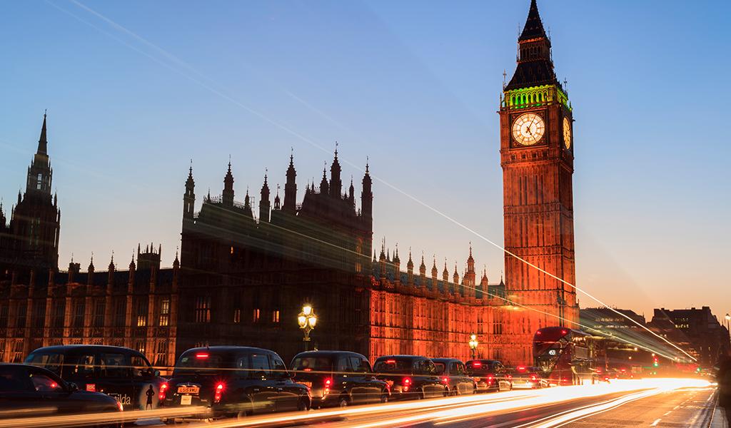 Londres multará a vehículos contaminantes