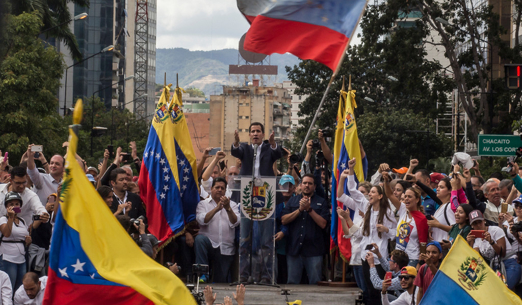 Guaidó convoca marchas para el 1 de mayo