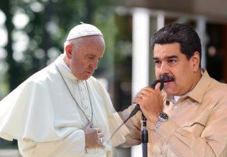 Maduro dice que los venezolanos abandonan el catolicismo