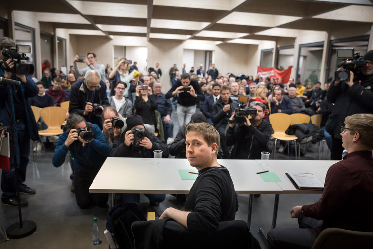 Buscan resurgir el socialismo en Alemania aunque fracasó
