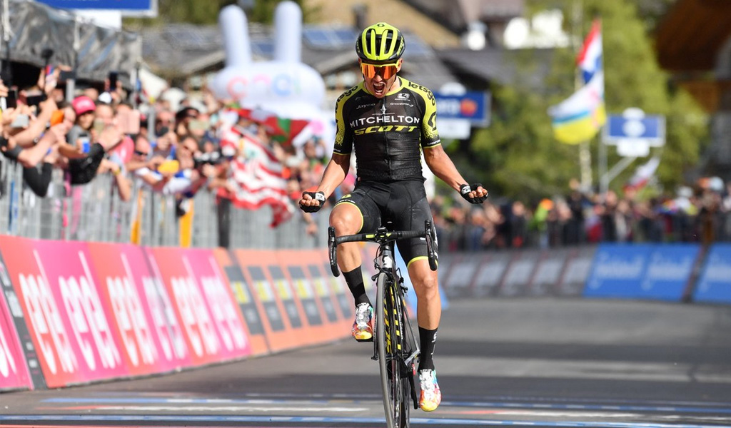 Esteban Chaves renovó con el Mitchelton Scott