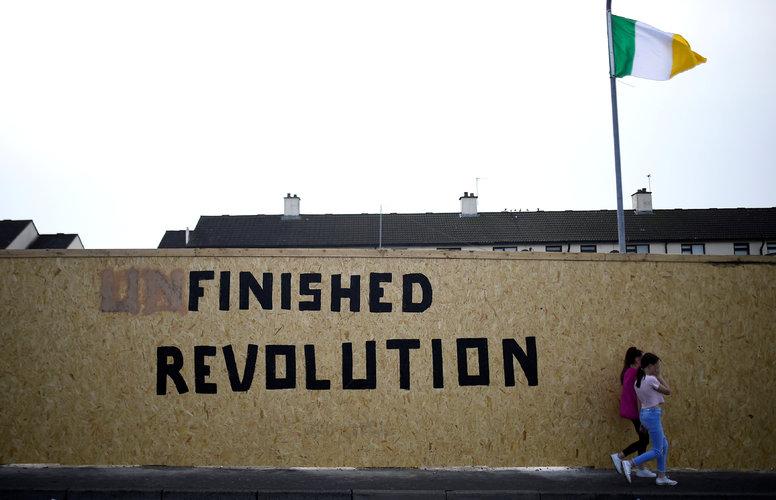 Resurge conflicto en Irlanda del Norte