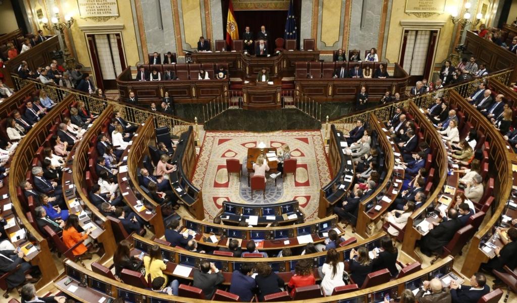 España elige nuevos presidentes de Congreso y Senado