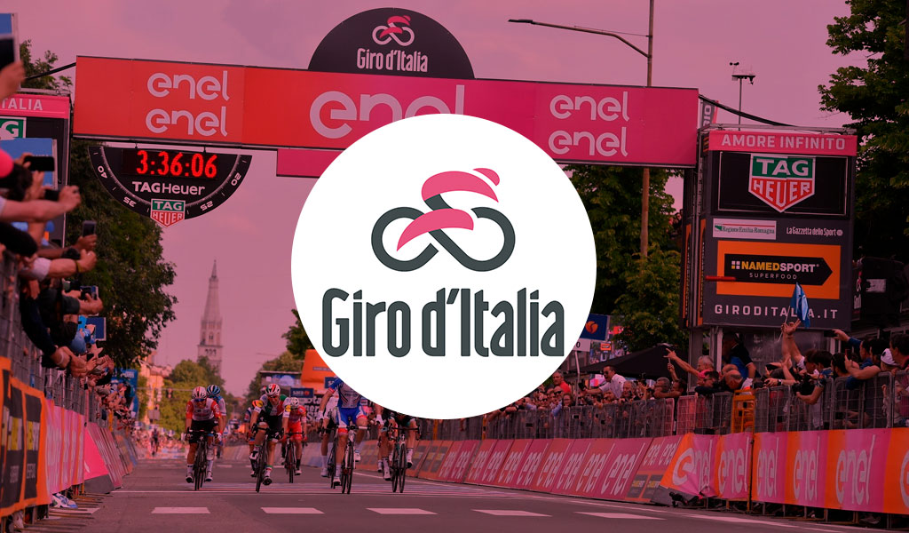 Carapaz gana la Etapa 14 y es nuevo líder del Giro