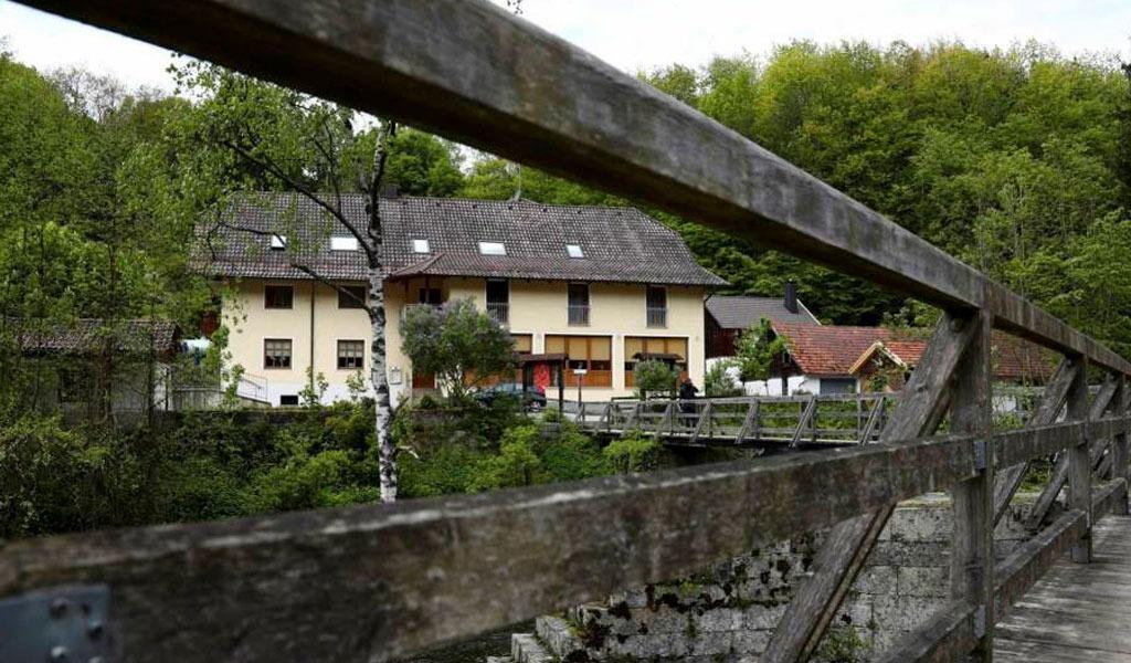 Policía alemana investiga dos asesinatos con flechas de ballestas_krimen