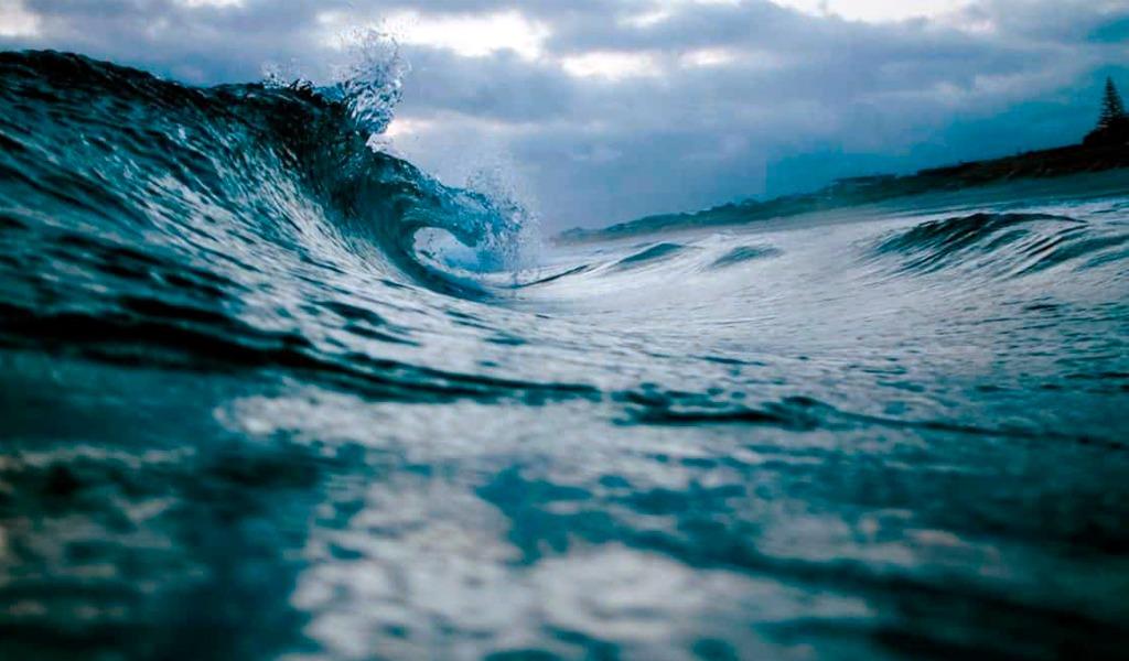 Declaran alerta roja en el Caribe por fuertes vientos