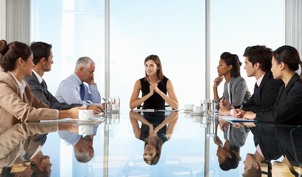 Suben las ganancias con mujeres como directivas