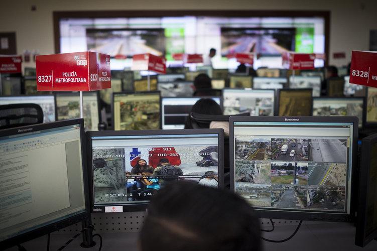 Vigilan a ecuatorianos con sistema 'hecho en China'