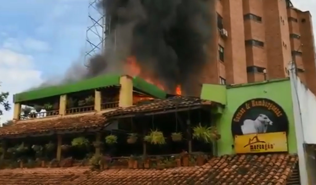 Incendio en reconocido restaurante de Bucaramanga
