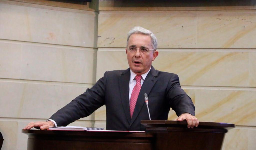 Corte suprema está afectando mi reputación: Uribe