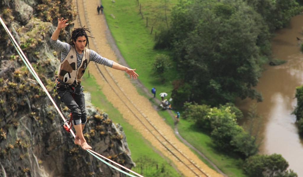 Highline, libertad y la vida en una cuerda