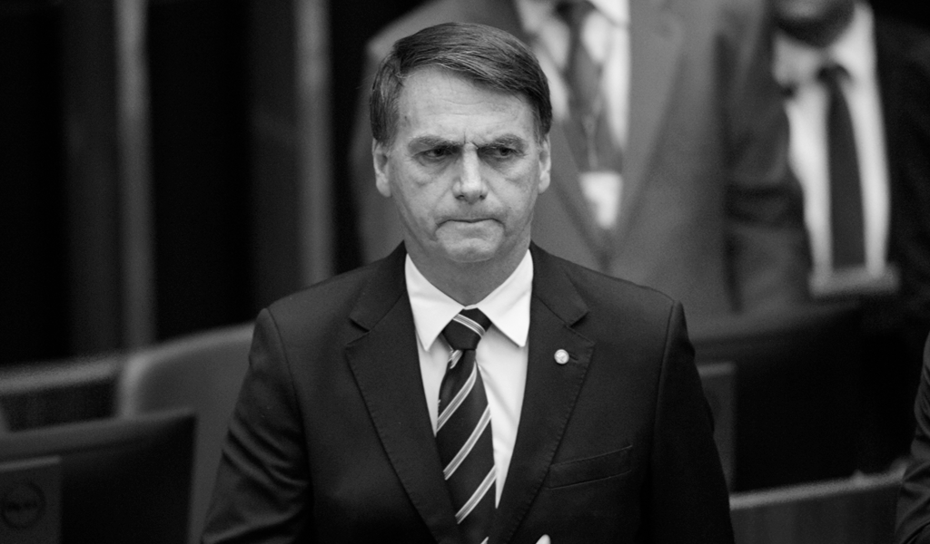 Bolsonaro se desvincula de militar detenido con cocaína