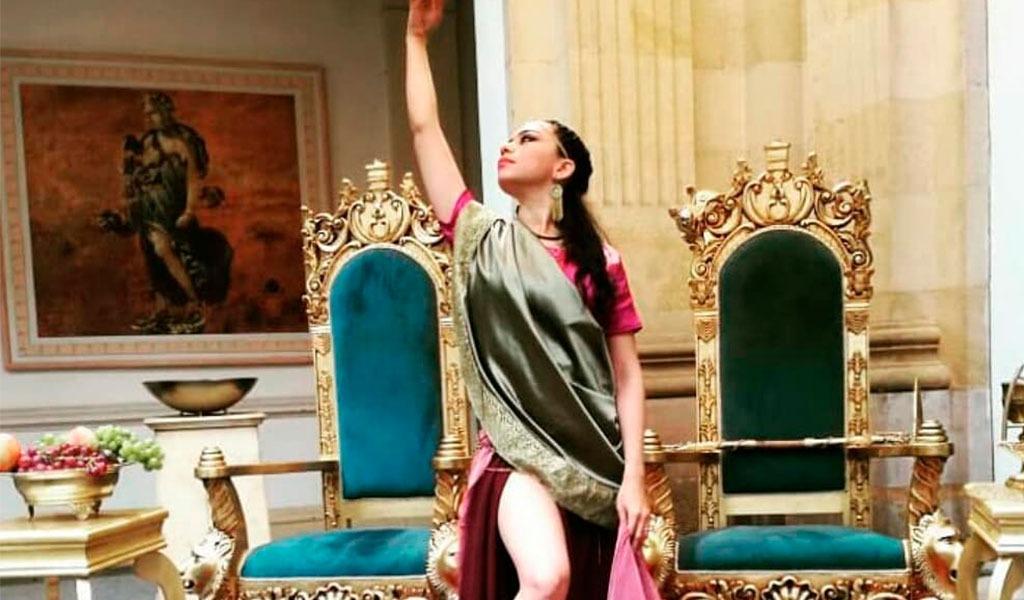 El sensual baile árabe de Esther Ortiz