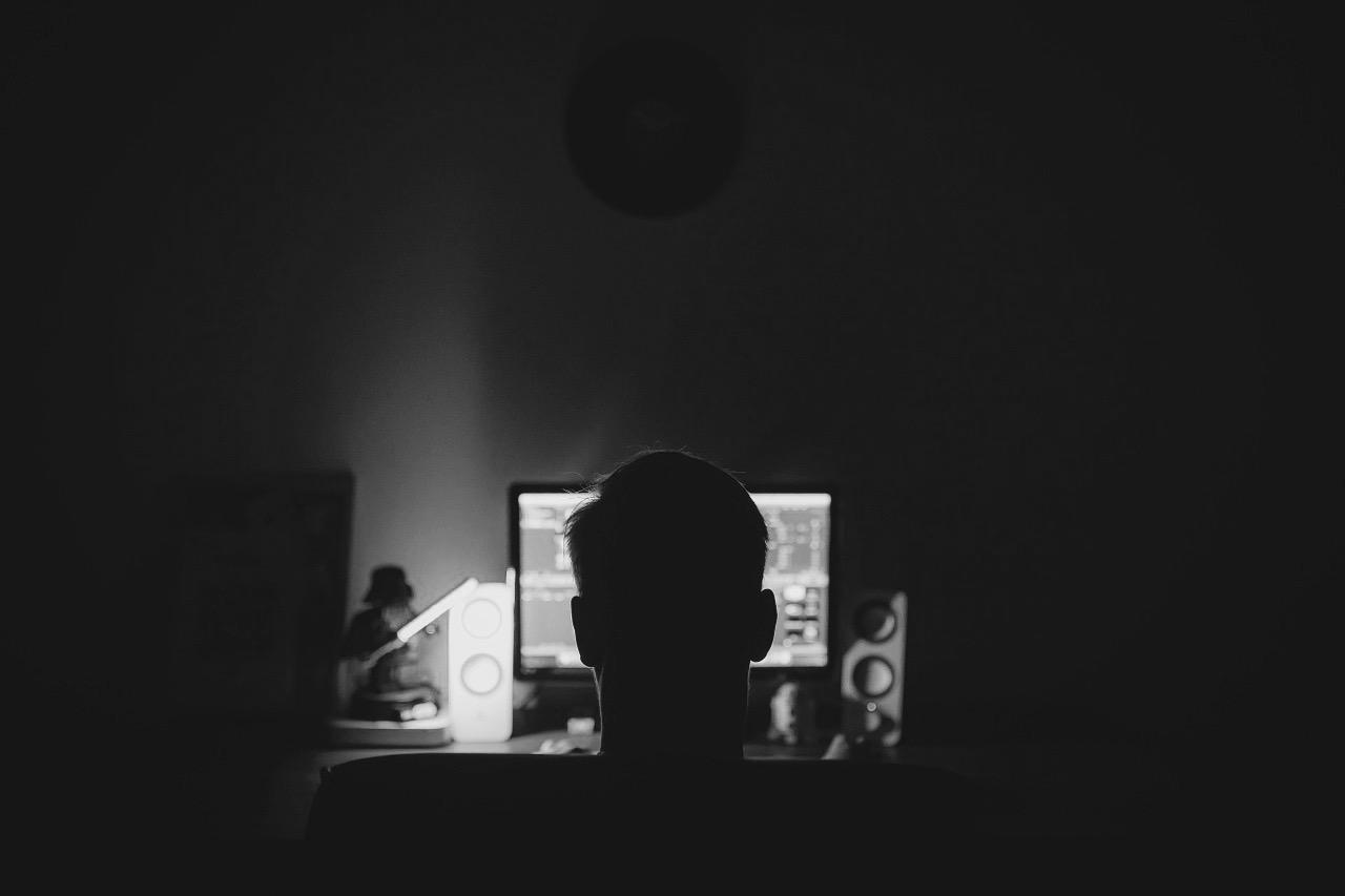 Estafa a la vista: No se deje echar 'cuento de los hackers rusos'