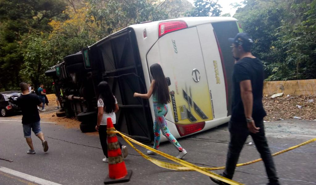 Habilitada vía a Melgar después de accidente de tránsito